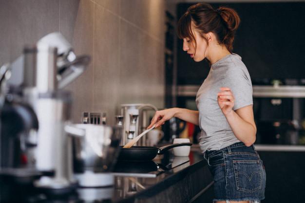 La buena salud, empieza por la cocina y los alimentos que preparemos en ella.