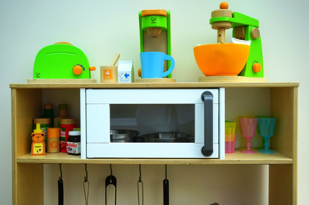 El microondas se revela como uno de los complementos más importantes de la cocina