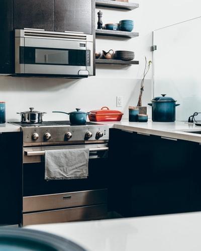 Se calcula que en el 80% de hogares no falta un microondas